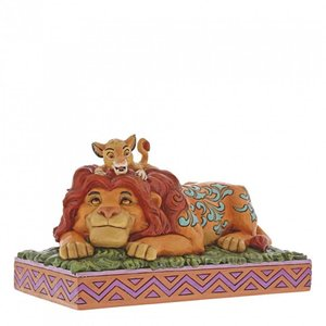 Disney Traditions - The lion king statue - A fathers pride